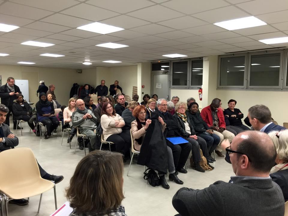 Plan Cul Dans La Ville De Nantes Où C'est Toujours La Fête