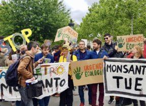 Le MdP dans les rassemblements et marches contre les pollueurs Monsanto/Bayer